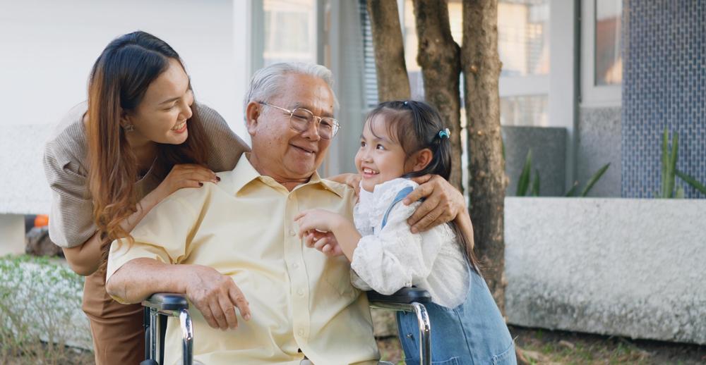 HC Family Caregiving 1000x518 01